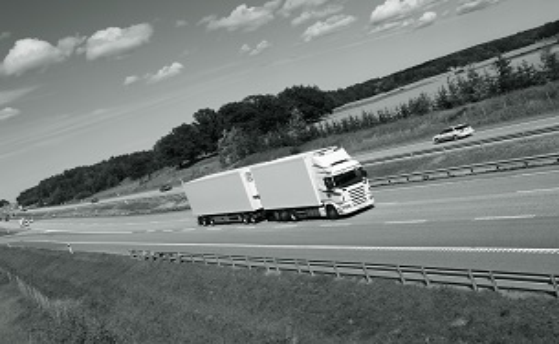 trucking on straight highwaygdbfgn