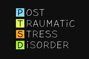 ptsd-acronym-post-traumatic-stress-disorder-handwritten-with-white-chalk-on-blackboard_t20_mLAL88GHRH